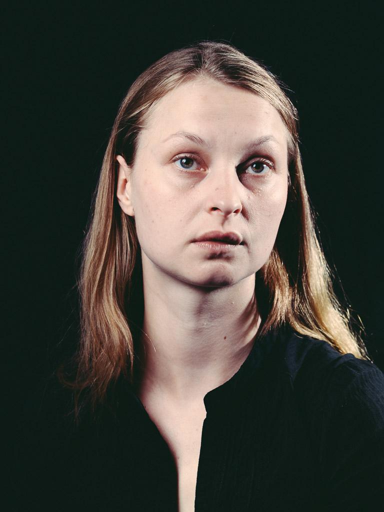 Angela aus der Serie DIE VERMEERS