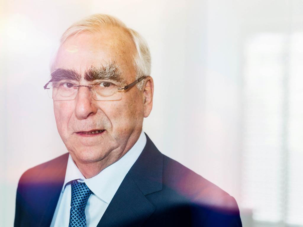 Theo Waigel, ehem. Politiker, Namensgeber des EURO